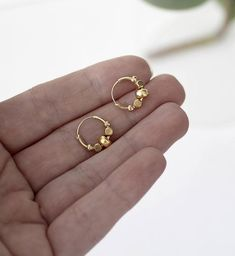 Michael Kors Women's Heritage Whisper Hoop Earrings Rose Gold – Fine Jewelry & Collectibles Tiny Gold Hoop Earrings, Baby Earrings, Gold Earrings Designs, Small Earrings, Women's Earrings, Gold Chain Design, Gold Jewellery Design, Ear Jewelry, Gold Jewelry