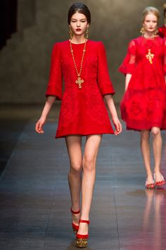 Dolce & Gabbana Fall 2013 RTW - Runway Photos - Fashion Week - Runway, Fashion Shows and Collections - Vogue