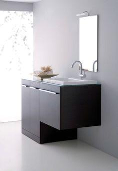 Composizione serie Zeus con mobile portalavatrice e base lavabo in finitura wengè