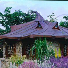 Amazing Harlech House