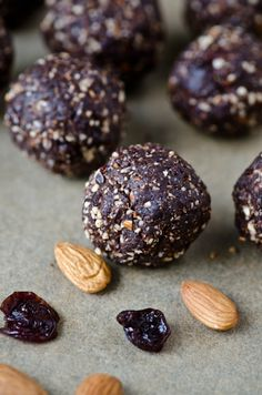 Chocolate almond cherry energy bites  More energy balls. Yum and no sugar, sweetened with fruit.