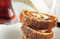 Sucuklu ve Pastırmalı Börek | Mutfakta Yemek Tarifleri