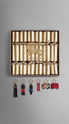 http://us.burberry.com/festive-crackers-box-of-six-p39651671