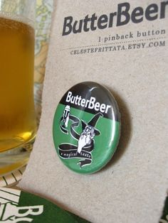 Butterbeer pinback button. €1.50, via Etsy.