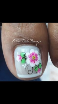 Uñas deisy Cute Toe Nails, Toe Nail Art, Pedicure Designs, Toe Nail Designs, Flower Toe Designs, Feet Nail Design, Sunflower Nails, Summer Toe Nails, Feet Nails