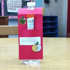 Teacher appreciation gift from our awesome PTA! 'thank you for quenching the thirst for knowledge! Teacher Treats, Classroom Treats, Teacher Gifts, Teacher Sayings, Teacher Stuff, Teacher Appreciation Quotes, Teacher Appreciation Week, Pta School, School Ideas