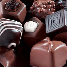 Chocolate can be symbol of friendship and love. Even, chocolate makes happy moments to a family. Chocolate Delight, Chocolate Heaven, Chocolate Shop, Chocolate Factory, How To Make Chocolate, Chocolate Lovers, Chocolate Fashion, Chocolate Candies, Foods For Brain Health