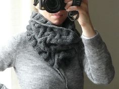 I'm definitely going to knit myself one of these!