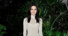 Kendall Jenner Behind Green White Wallpaper - HD Wallpapers - Free Wallpapers - Desktop Backgrounds