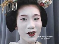 Making of a Maiko-Maiko Toshihana