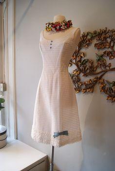 Xtabay Vintage Clothing Boutique - Portland, Oregon. Love this dress.