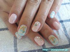 ボーダーとドットの夏らしいマリンネイル (Marine summery nail border and dots)