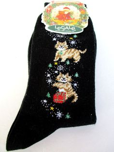 LeGale Ladies Cats Christmas Print Crew Socks, NWT Size 9-11 Black Presents Vtg #LeGale #Casualcrew