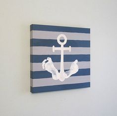 Coole Andenken mit Footprint Art DIY Ideen und Projekte Cool souvenirs with Footprint Art DIY ideas and projects Baby Boy Rooms, Baby Boy Nurseries, Modern Nurseries, Nautical Nursery, Nautical Anchor, Nautical Bedding, Baby Footprints, Handprint Art, Fathers Day Crafts