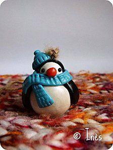 The Christmas team : handmade polymer snowman, reindeer, Santa Claus, goblin and penguin Christmas tree decorations. Cute for kids ! // Décorations de Noël pour le sapin faites main en fimo : l'équipe du Père Noël au complet (bonhomme de neige, renne, lutin et pingouin) pour faire plaisir à vos enfants ! // On sale at  / A vendre sur : http://scrap-ines.over-blog.com/article-christmas-team-gourmandises-de-noel-collection-noel-2012-112952898.html