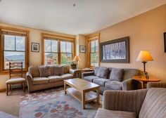 Buffalo Lodge #8370: This spacious 1,400 square foot 3-bedroom, 2.75-bathroom condo sleeps eleven and features a granite countertops, stainless steel appliances and a private balcony that overlooks Dercum Square and has stunning views of Buffalo Mountain.