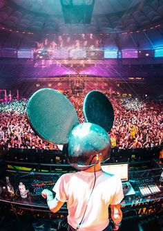 Deadmau5 #music Check This Awsome Sneak Preview of Viral Animal Full EDM Album! Check it out Now at:  www.reverbnation.com/viralanimal  Follow V.A Now on Twitter & Instagram @ViralAnimal Www.ViralAnimal.com  #EDM, #EDMMusic, #EDM2015, #edmmusicreviews, #newedmmusic, #topedmmusic, #bestedm, #edmsongs, #edmartist