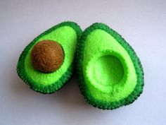 Felt Food Avocado set eco friendly childrens pretend play food for toy kitchen. $8.00, via Etsy.