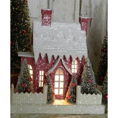 KD Vintage Christmas Woodland Cottage III -