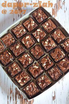 dapur-ziah by mama'e Zie: Brownies Kilap ala Dapur-Ziah Brownie Packaging, Dessert Packaging, Bakery Packaging, Best Chocolate Brownie Recipe, Brownie Recipes, Cookie Recipes, Dessert Recipes, Chewy Brownies, Best Brownies