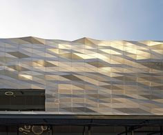 Gallery of The Street Ratchada / Architectkidd - 12