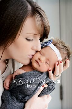 Jessica Casperson Photography, newborn, girl, mother and daughter