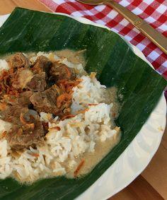 Nasi Bakar, Indonesian Food, Indonesian Recipes, Rice Porridge, Steamed Rice, Dessert Dishes, Japanese Food, Asian Recipes, Food To Make