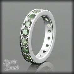 green sapphire band