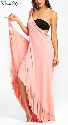 In smooth soft fabric, this solid maxi dress will take you from day to night. Featuring on-trend wrap design, it Bloom Fashion, Swimsuit Cover Ups, Christmas Fashion, Beach Dresses, Beachwear, Summer Outfits, Bridesmaid Dresses, Beach Holiday, Elegant