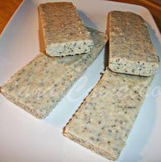 DUKAN ! : BATOANE DE CIOCOLATA ALBA CU TARATE DE OVAZ SI SEMINTE DE CHIA -DUKAN (DUKAN WHITE CHOCOLATE BARS WITH OAT BRAN AND CHIA SEEDS) Dukan Diet Recipes, White Chocolate, Chocolate Bars, Sugar Free Desserts, Chia Seeds, I Foods, Sweet Recipes, Food And Drink, Low Carb