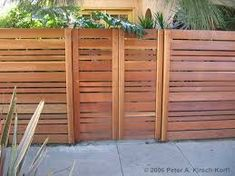 horizontal wood fence best horizontal fence ideas on fencing backyard fences and modern fence design horizontal wood fence panels for sale Wood Fence Gates, Fence Gate Design, Redwood Fence, Wooden Fences, Wooden Garden, Dog Fence, Screen Design, Timber Gates, Modern Front Yard