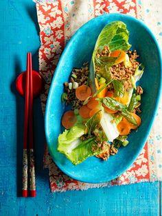 Crispy basil salad with pork & pickled carrots