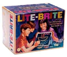 Lite Brite making things with light.outta site makin' things with Lite Brite (LOL - lyrics to the commercial) Lite Brite, 1970s Toys, Retro Toys, Vintage Toys, Vintage Games, Antique Toys, My Childhood Memories, Childhood Toys, Great Memories