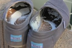 How to freshen Toms Shoes