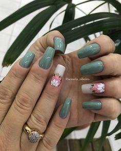 23 Ideias de Unhas Lindas Decoradas Creative Nail Designs, Best Nail Art Designs, Creative Nails, Acrylic Nail Designs, Acrylic Nails, Nails To Go, Fancy Nails, Toe Nails, Hair And Nails