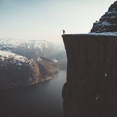 Preikestolen, Norway  (@bokehm0n)