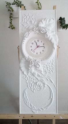 Барельеф,обрамление часов,гипс,акрил. Bas-relief, clock frame, plaster, acrylic Sculpture Painting, Mural Painting, Mural Art, Wall Sculptures, Glue Art, Diy And Crafts, Arts And Crafts, Clay Wall Art, Plaster Art
