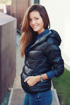 IMG_4434 Malena Costa, Puffy Jacket, Porno, Down Coat, Uniqlo, Jackets For Women, Bomber Jacket, Beautiful Women, Leather Jacket