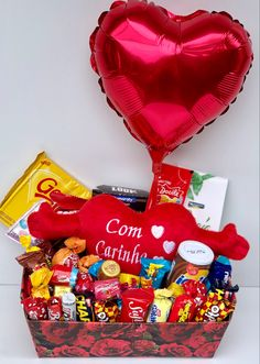 Unique Birthday Gifts, Candy Boxes, Love Craft, Chocolate Box, Craft Gifts, Gift Baskets, Valentines, Simple, Handmade Gifts