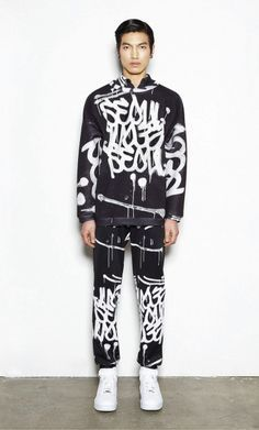 """SEOUL"" graffiti in the KYE F/W '13 lookbook - Korean fashion"
