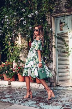 Discover recipes, home ideas, style inspiration and other ideas to try. Dress Outfits, Dress Up, Cute Outfits, Fashion Outfits, Womens Fashion, Weekend Dresses, Summer Dresses, Spring Summer Fashion, Spring Outfits