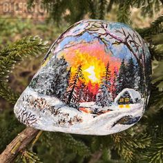 ✨У вас когда нибудь было желание украсить свой дом чем-то невероятно красивым, но вы не имели такой возможности? ☀️Наверное многие хотели бы просыпаясь, видеть перед собой прекрасный лесной пейзаж или же берег океана... Удивительно, но даже на таком небольшом камне, может уместиться чудесная картина природы, которая будет создавать атмосферу спокойствия и теплоты в вашем доме • • #hanger #ollerstone #идея #idea #ручнаяработа #ручнаяработаназаказ #handmade #thebest #stone #beautiful #art #...