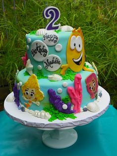 not crazy about the coral designs but love the amazing fondant characters