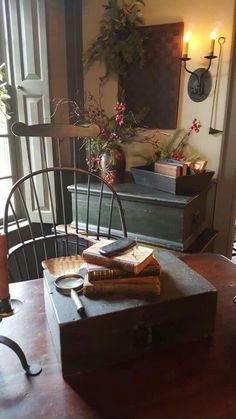Country Decor Home. Chosen Tricks And Tips For Interior Decorating Jobs Primitive Homes, Primitive Living Room, Primitive Kitchen, Primitive Furniture, Country Primitive, Antique Furniture, Prim Decor, Rustic Decor, Primitive Decor