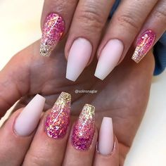 Glitter Ombre For Pink And Gold Nails ❤️ Pink and gold nails for all tastes! No matter the nail shape there is always a worthy idea for you to try out! Gold Nails, Pink Nails, Glitter Nails, Gold Nail Designs, Colorful Nail Designs, Hair And Nails, My Nails, Violet Nails, Pink Und Gold