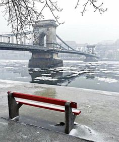 Photo : @alicesprings87 - Chilly ❄️ Capital Of Hungary, Live Picture, Most Beautiful Cities, Budapest Hungary, Tower Bridge, Pearl, Nice, World, Instagram Posts