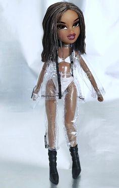 Image may contain: 1 person Bratz Doll Makeup, Bratz Doll Outfits, Mattel Barbie, Barbie Dolls, Bratz Characters, Black Bratz Doll, Fille Gangsta, Brat Doll, Bratz Girls