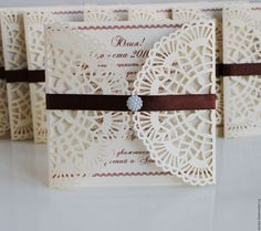 """Купить """"Ажур"""" приглашения - комбинированный, сиреневый, приглашения на свадьбу, пригласительные, свадьба, плотная бумага"""