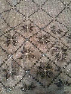 Ευκολο μετρητο Lace Knitting, Baby Knitting Patterns, Baby Patterns, Stitch Patterns, Sewing Patterns, Beaded Embroidery, Embroidery Patterns, Hand Embroidery, Rustic Flower Girls