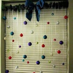 Make your home look festive for less with these dollar store Christmas decor DIY ideas. There are wreaths, candles, cent Navidad Simple, Navidad Diy, Diy Christmas Decorations Easy, Holiday Decor, Diy Christmas Room Decor, Outdoor Decorations, Dorm Decorations, Simple Christmas, Christmas Crafts